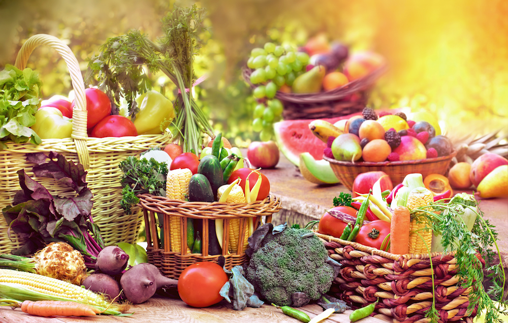 Eating Fruits and Veggies DOES Boost Your Happiness